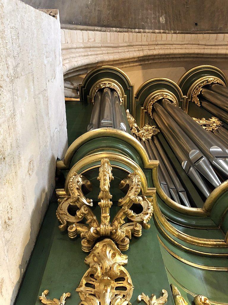 Détail de l'orgue de Sainte-Croix